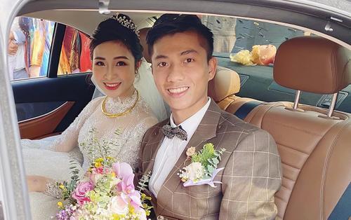 Tiền vệ Phan Văn Đức dùng xe sang gần 3 tỷ để rước cô dâu Nhật Linh