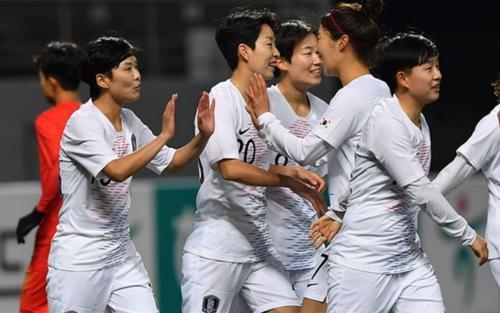 Bản tin thể thao hôm nay 4/2/2020: ĐT nữ Hàn Quốc thắng đậm Myanmar, Việt Nam rộng cửa dự Olympic