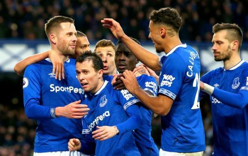 Lịch thi đấu bóng đá ngày 8/2: Everton đánh bạt Man United trên bảng xếp hạng?