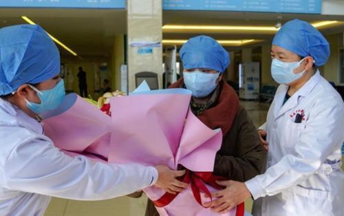 3 bệnh nhân từng nhiễm virus corona sau khi trở về từ Vũ Hán sẽ được xuất viện chiều nay