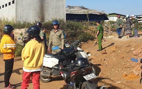 Phát hiện thi thể người đàn ông cháy đen, xung quanh nồng nặc mùi xăng tại khu đất trống ở Lâm Đồng