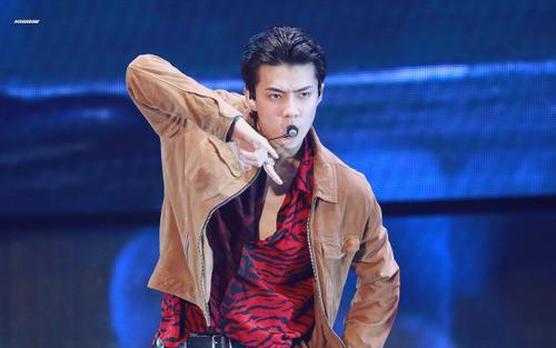 Fan trầm trồ khi Sehun còn tham gia concert EXO EXplOration với một vai trò đặc biệt