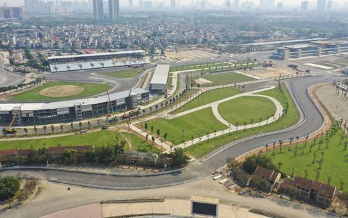 Hoàn thành chặng đua công thức 1 tại Việt Nam: Tổng chiều dài 5,607km, xe chạy 335 km/h vẫn an toàn