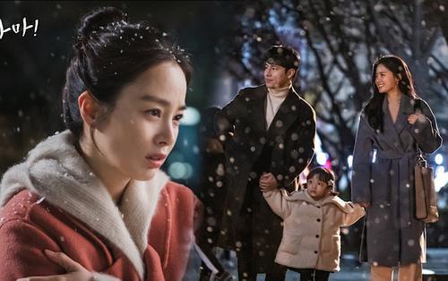 Phim của Kim Tae Hee ngừng quay vì nhân viên nghi nhiễm Covid-19, Knet: 'Kbiz bị đe dọa'