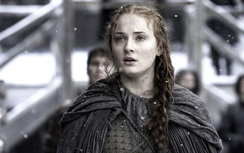 Sophie Turner tiết lộ đến bây giờ vẫn chưa xem xong mùa cuối 'Game of Thrones'