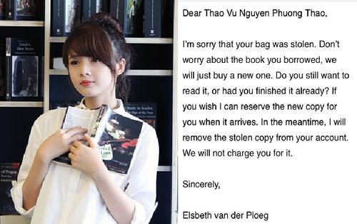 Tưởng cô nàng sẽ 'toang' khi vô tình làm mất sách cổ trong thư viện, nhưng phản ứng của người quản lý khiến CĐM bất ngờ