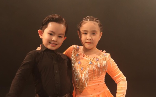 Con trai Khánh Thi bất ngờ tham gia MV 'Bánh mì không' của Đạt G
