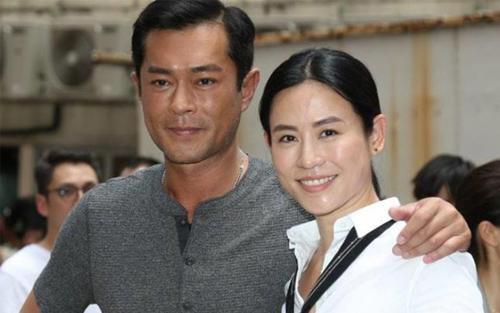 Fandom Cổ Thiên Lạc tiết lộ thần tượng và Tuyên Huyên sống chung, sẽ tổ chức hôn lễ khi dịch bệnh kết thúc