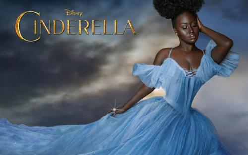 Bị chê xấu xí, cô gái da màu quyết định cosplay công chúa Disney khi trưởng thành
