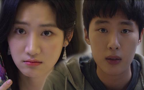 Tập 4 'Extracurricular': Kim Dong Hae lại mất tiền ngu vì bị gái dụ