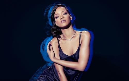 Fan chóng mặt với màn 'lật kèo phút chót' của Rihanna: Một đằng hứa hẹn hoàn thành R9, một nẻo phát ngôn 'Tôi lỡ đánh mất nó rồi'