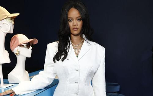 Rihanna ngừng bán hàng để đấu tranh cho nạn phân biệt chủng tộc