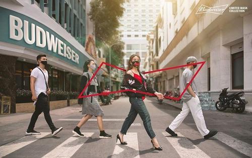 Hoàng Thuỳ Linh nổi bật cá tính với xu hướng thời trang hậu dịch: 'diện' khẩu trang cực chất từ Budweiser cùng loạt thông điệp ý nghĩa vì cộng đồng