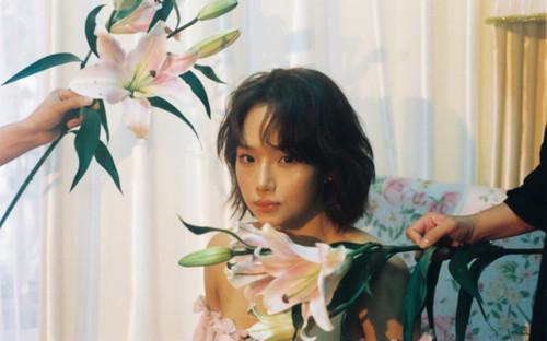 Miu Lê xuất hiện với vẻ ngoài đẹp nồng nàn khiến fan đứng ngồi không yên