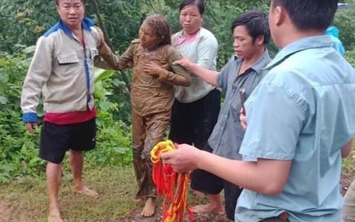 Trượt chân khi lội suối tìm trâu, một người ở Lai Châu bị lũ cuốn mất tích