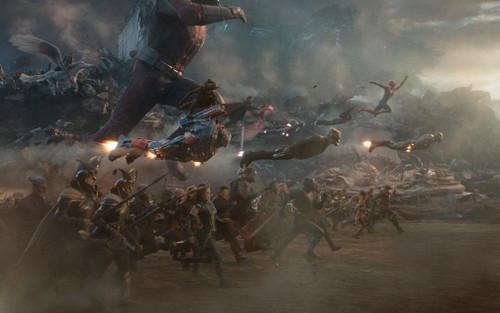 Chợt nhận ra có quá nhiều lỗi trong trận chiến cuối của Avengers: Endgame