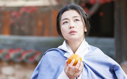 'Mợ chảnh' Jeon Ji Hyun đóng 'Kingdom - Truyện chưa kể': Nội dung, tuyến nhân vật hoàn toàn mới!