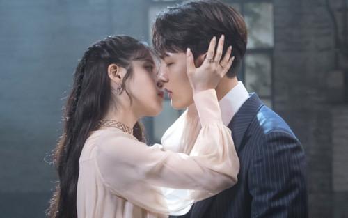 Sau Hotel Del Luna, tình bạn giữa Yeo Jin Goo và IU đã phát triển như thế nào?