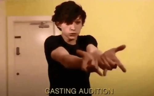 Lộ đoạn clip khi Tom Holland vật vã thử vai Spider Man trong Civil War: Chính điều này ở Tom đã giúp cậu nhận được vai diễn