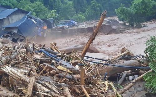 Mưa lớn ở Điện Biên 'nhấn chìm' một trường tiểu học, 4 nhà dân bị lũ cuốn trôi