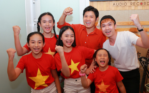 Nhạc sĩ Nguyễn Văn Chung và 40 nghệ sĩ cùng hướng về tuyến đầu chống dịch