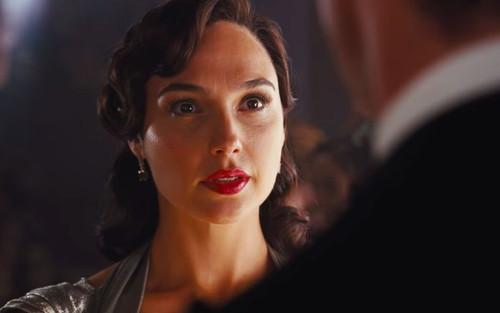 Trailer đầu tiên của 'Death on the Nile': Gal Gadot thể hiện đẳng cấp chị đại, cực quyến rũ