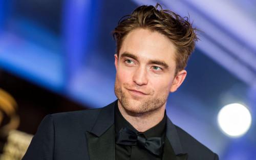 Robert Pattinson nhiễm COVID-19, 'The Batman' lại hoãn sản xuất