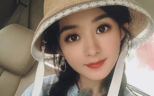 Triệu Lệ Dĩnh khoe 18 bức ảnh selfie, fan khen không ngớt lời vì thần tượng quá trẻ trung và xinh đẹp!