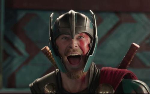 Chris Hemsworth vẫn chưa chia tay vai diễn Thần sấm sau Thor 4