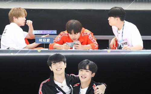 Đại hội thể thao idol 2020: Wanna One hội tụ đông vui, 'Quán quân' Kim Yo Han (X1) thì sao?