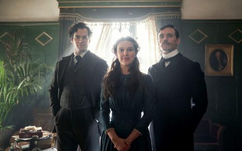 Review phim 'Enola Holmes' (Netflix): Bức tranh rực rỡ nhưng chưa trọn vẹn và thông điệp về nữ quyền