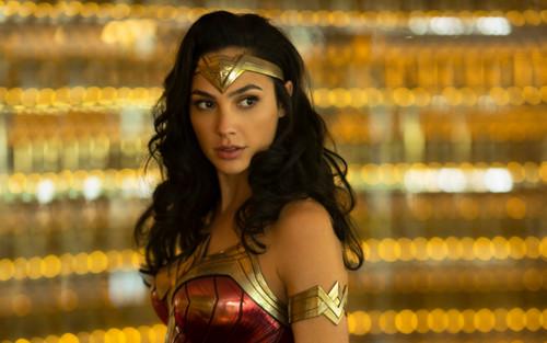 Top 10 bảo vật hữu ích nhất mà Wonder Woman từng sử dụng (P.1)