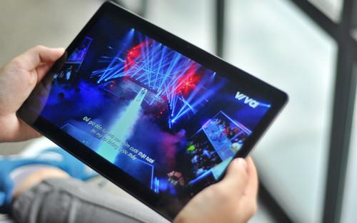 Mở hộp Samsung Galaxy Tab A7: Thiết kế cổ điển, cấu hình ổn!