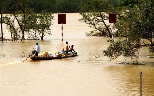 Thủ tướng Chính phủ tạm cấp 500 tỷ đồng hỗ trợ khẩn cấp các tỉnh miền Trung