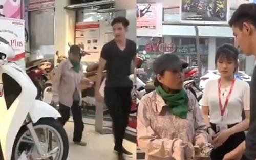 Mẹ nghèo 'bấm bụng' mua SH vì sợ con trai bỏ đại học và hành động bất ngờ từ chủ cửa hàng xe máy khiến nam sinh thay đổi suy nghĩ
