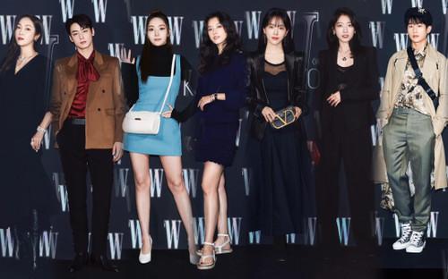 Đêm hội 'W Korea 2020': Mặt Park Min Young cứng đờ biến dạng, Park Shin Hye đọ sắc 'chị em nàng Han' và Jessica - Krystal