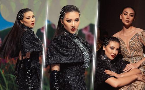 Trở lại sàn runway, Á hậu Kim Duyên sắc lạnh diễn Vedette, kiêu kỳ đọ sắc cùng Võ Hoàng Yến