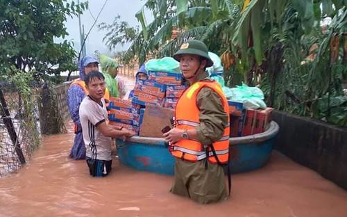 Một chủ tịch xã ở Quảng Bình qua đời vì nhiễm vi khuẩn khi cứu nạn người dân vùng lũ