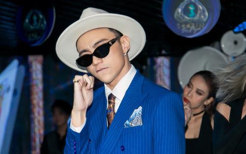 Soobin Hoàng Sơn xác nhận đổi nghệ danh mới tại họp báo công bố dự án The Playah