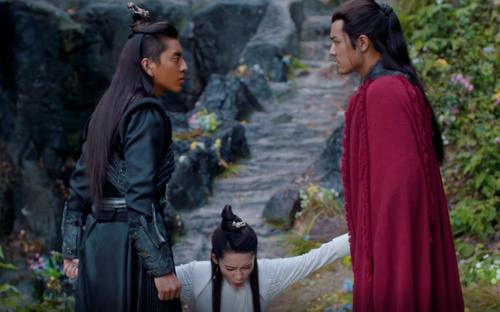 'Spotlight' trong Lang điện hạ: Vương Đại Lục là kẻ vô hình, Tiêu Chiến như một ngôi sao rực rỡ