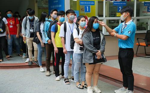 Cập nhật: Gần 100.000 sinh viên TP HCM nghỉ học tập trung có liên quan đến 2 bệnh nhân 1342 và 1347