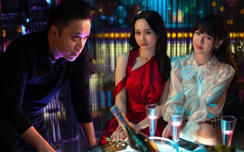 Đạo diễn Victor Vũ: 'Thiên thần hộ mệnh' mang sứ mệnh làm trẻ hóa câu chuyện về huyền thoại bùa ngải