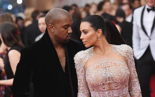 Kim Kardashian và Kanye West tuyên bố vẫn hướng đến ly hôn?
