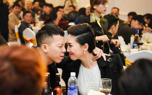 Tóc Tiên chia sẻ quan điểm hôn nhân, bật mí cuộc sống với chồng