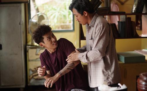 'Bố già' của Trấn Thành tung clip hậu trường: Hứa hẹn lấy rất nhiều nước mắt của khán giả khi phim ra rạp