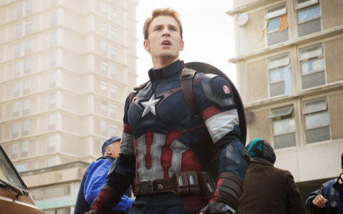 Chris Evans trở lại MCU, Captain America có cơ hội tái xuất?