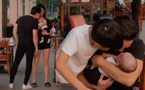 Tan chảy với khoảnh khắc 'tình bể bình' của Kim Lý dành cho vợ con giữa chốn đông người