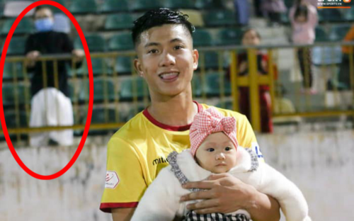 Phan Văn Đức 'bỏ mặc' vợ, bế con gái xuống sân cỏ, Nhật Linh được khen ngợi hết lời vì pha xử lý tinh tế