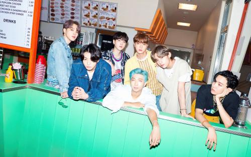 BTS lọt top 10 nhóm nhạc Pop xuất sắc nhất mọi thời đại