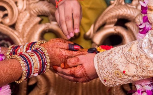 Cô dâu quyết ly hôn ngay sau ngày cưới vì phát hiện điều bất thường của chú rể